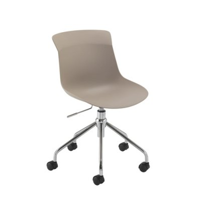 Chester Spider Base Chair